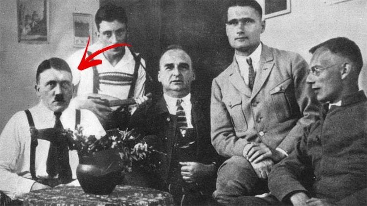 Hitler en prison dans Mein Kampf