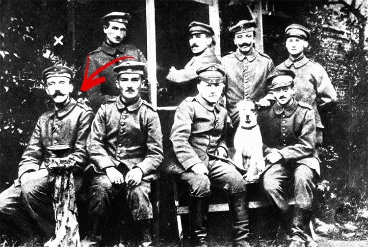 Hitler soldat dans Mein Kampf