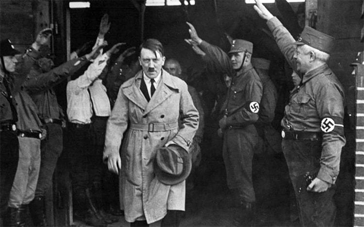 La politique dans Mein Kampf